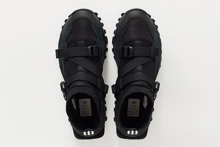 Hyke Adidas Seeulater Black 1