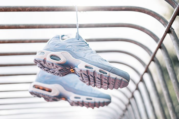 Nike Air Max Plus Deconstructed Psychic Blue Cd0882 400 Release Date Pair From Bottom