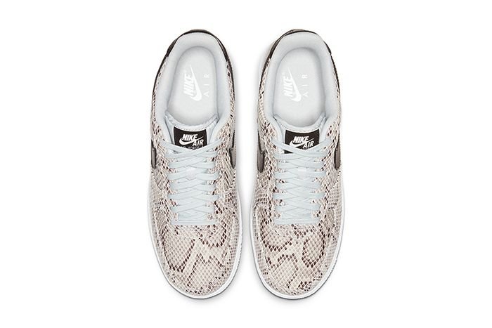 Nike Air Force 1 Low Premium Snakeskin White Black Pure Platinum Bq4424 100 Release Date Top Down