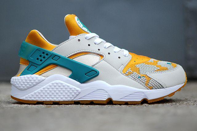 Nike Air Huarache Tealgold2