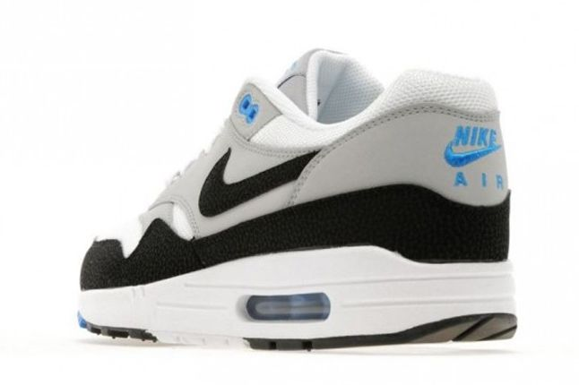 Nike Air Max 1 Wolf Grey Heel Detail 1