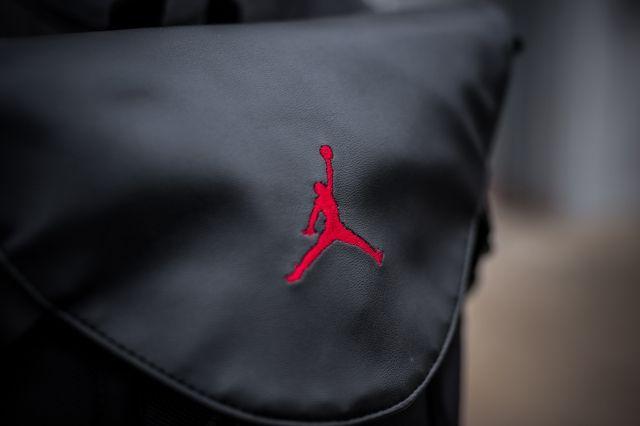 Air Jordan 11 Bred Backpack 3