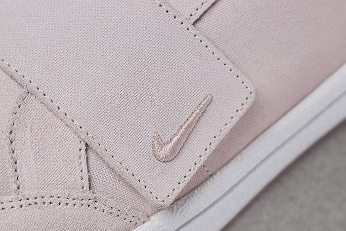 Nikelab Meadow Pink Womens 3
