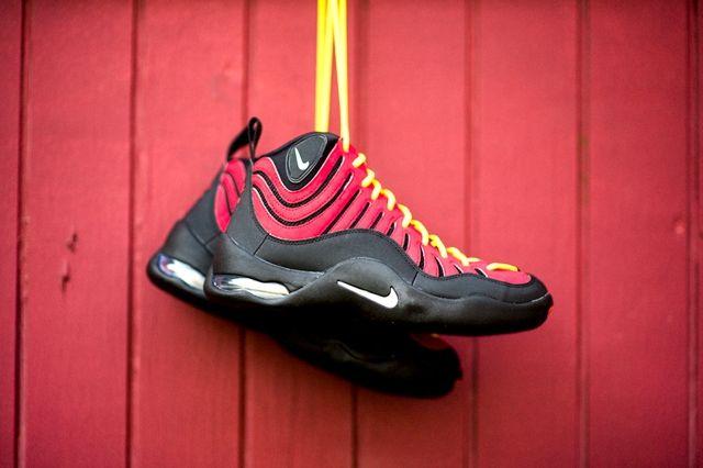 Nike Air Bakin Og Varisty Red Orange Blaze 6
