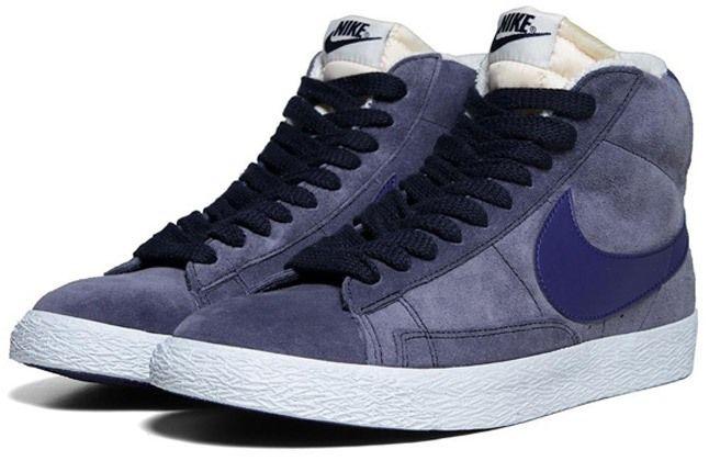 Nike Blazer Mid Suede Obsidian Deep Royal Pair Angle 1