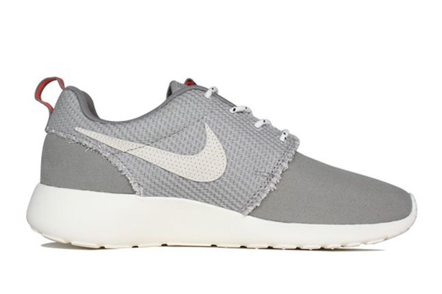 Nike Roshe Run Canvas Sail Charcoal Inner Profile 1