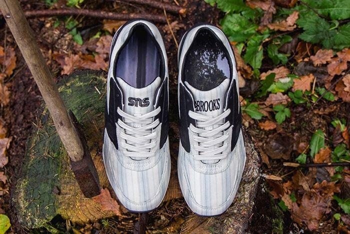 Sneakersnstuff X Brooks Regent American Dream7