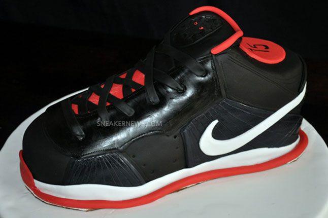 Sneaker Freaker Sneaker Cakes Nike Lebron 9 1