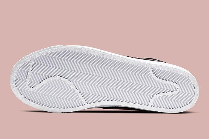 Nike Sb Blazer Mid Washed Coral Bottom
