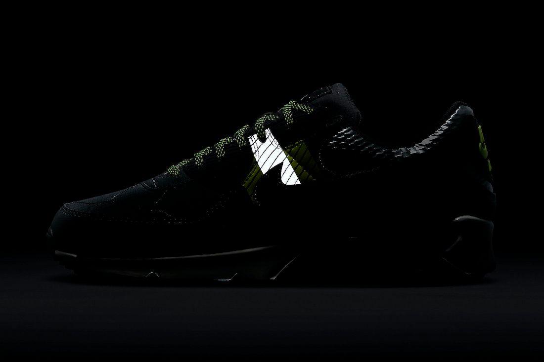 Nike Air Max 90 3M Side