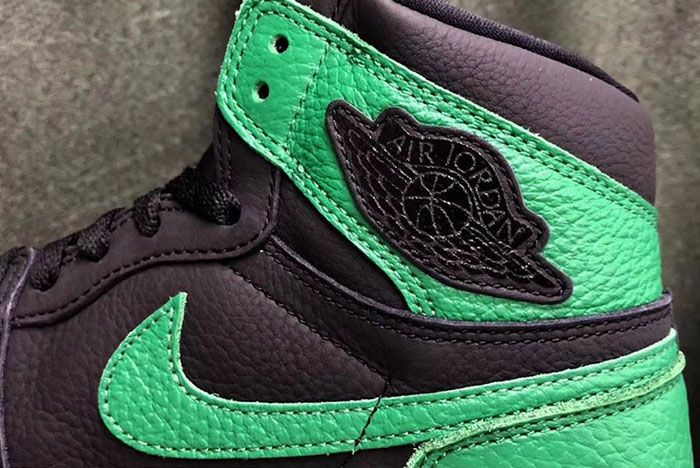 Air Jordan 1 Pine Green Leak Wings Logo