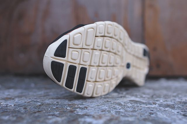 Nike Free Run 2 Mid Black Leather 3