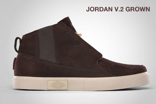 Jordan V 2 Grown Velvet Brown 1