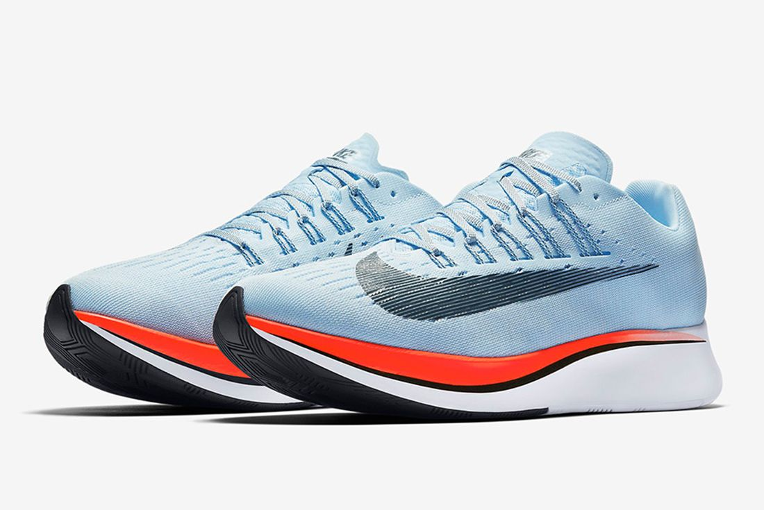 Nike Zoom Fly 4