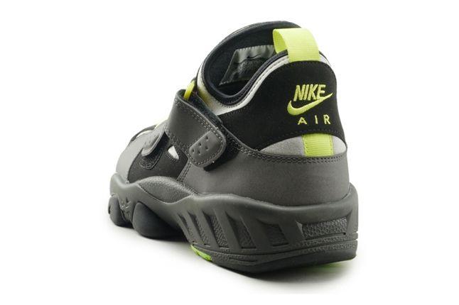 Nike Huarache 94 Heel Angle 1
