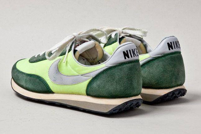 Nike Elite Vintage Fluro Green Heels 1