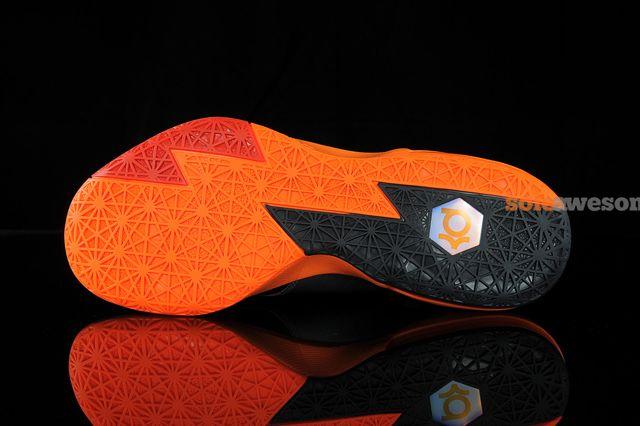 Kd Vi Anthracite Total Orange Sole