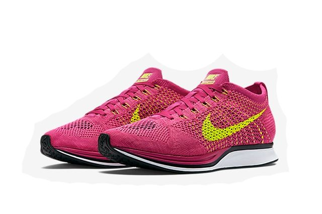 Nike Flyknit Racer Fireberry 2
