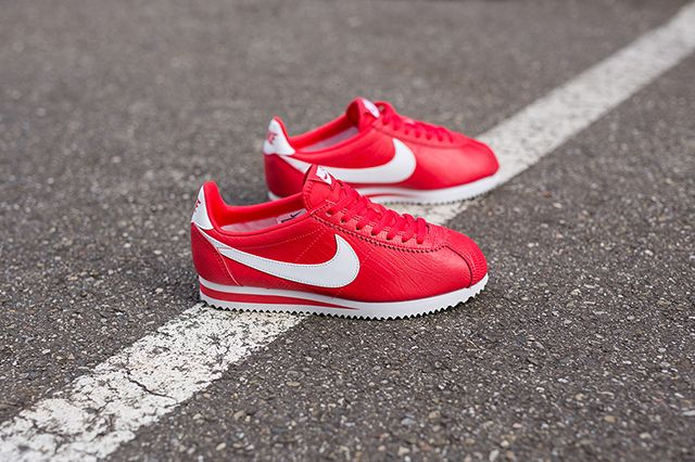 Nike Wmns Cortez Red 4
