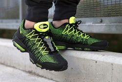 apoyo Separación Penetrar  Nike Air Max 95 Ultra Jacquard (Volt) - Sneaker Freaker