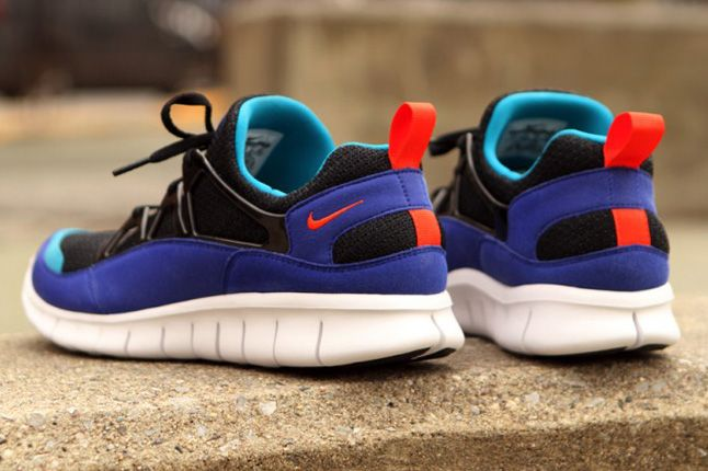 Nike Free Huarache Light Heels 1