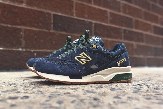 New Balance 1600 Gtartan Pack 4