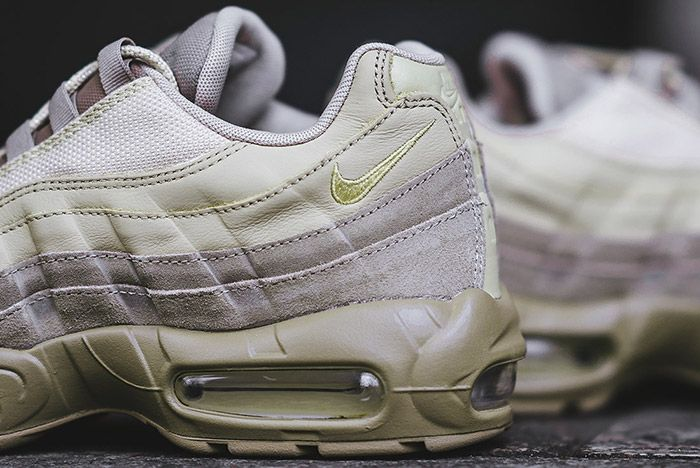 Nike Air Max 95 Premium Khaki Small