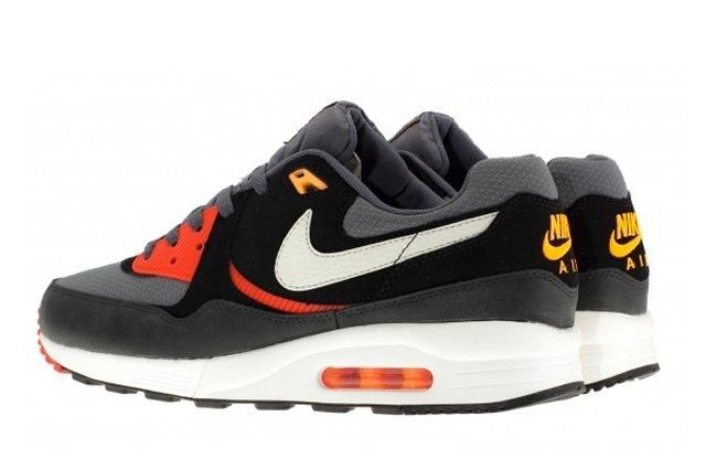 Nike Air Max Light Black Pine 5