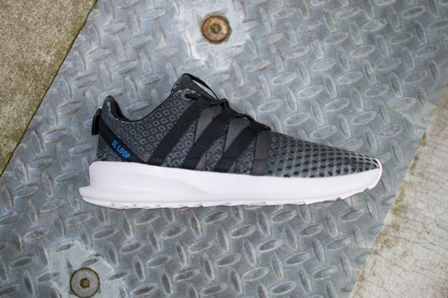 Adidas Originals Chromatech 02
