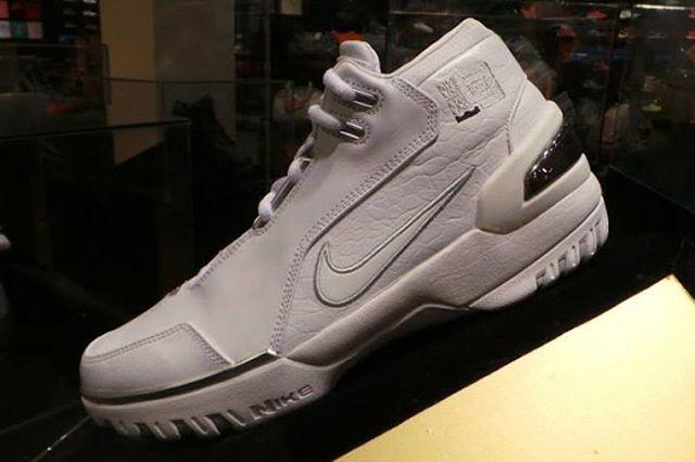 Nike Lbl Wintness History Pe Display Manila 4