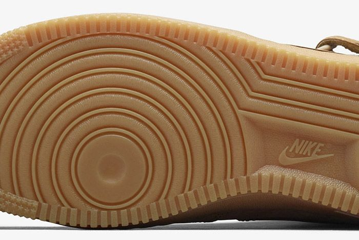Nike Air Force 1 Flax Mid 7