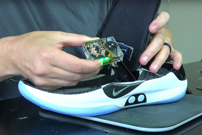 Inside The Nike Adapt Bb Whats Inside