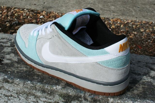 Plus Skateshop Nike Sb Dunk Low 1
