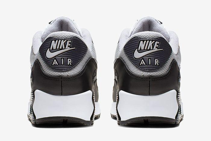 Nike Air Max 90 Greyscale Heel