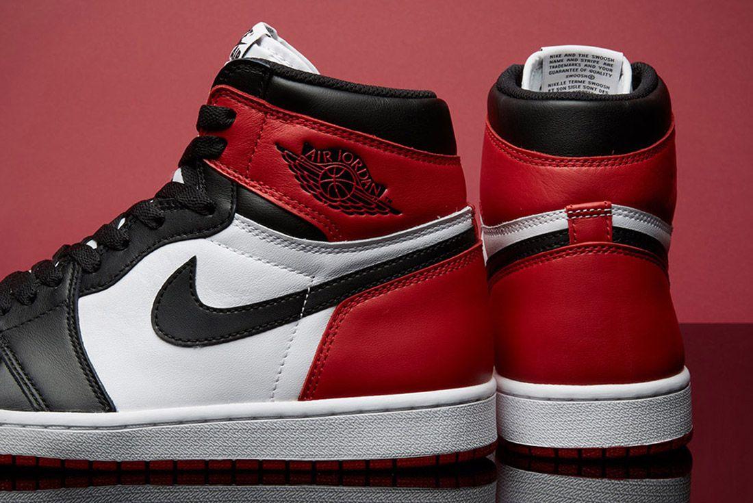 Air Jordan 1 Black Toe 3