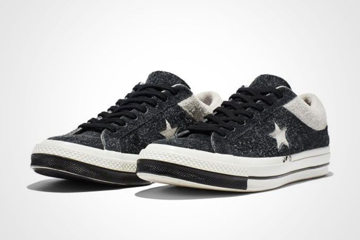 Clot Converse One Star Thumb