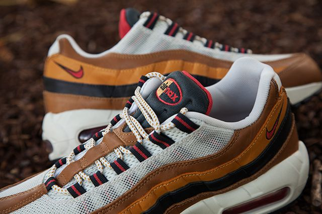 Nike Escape Pack 4