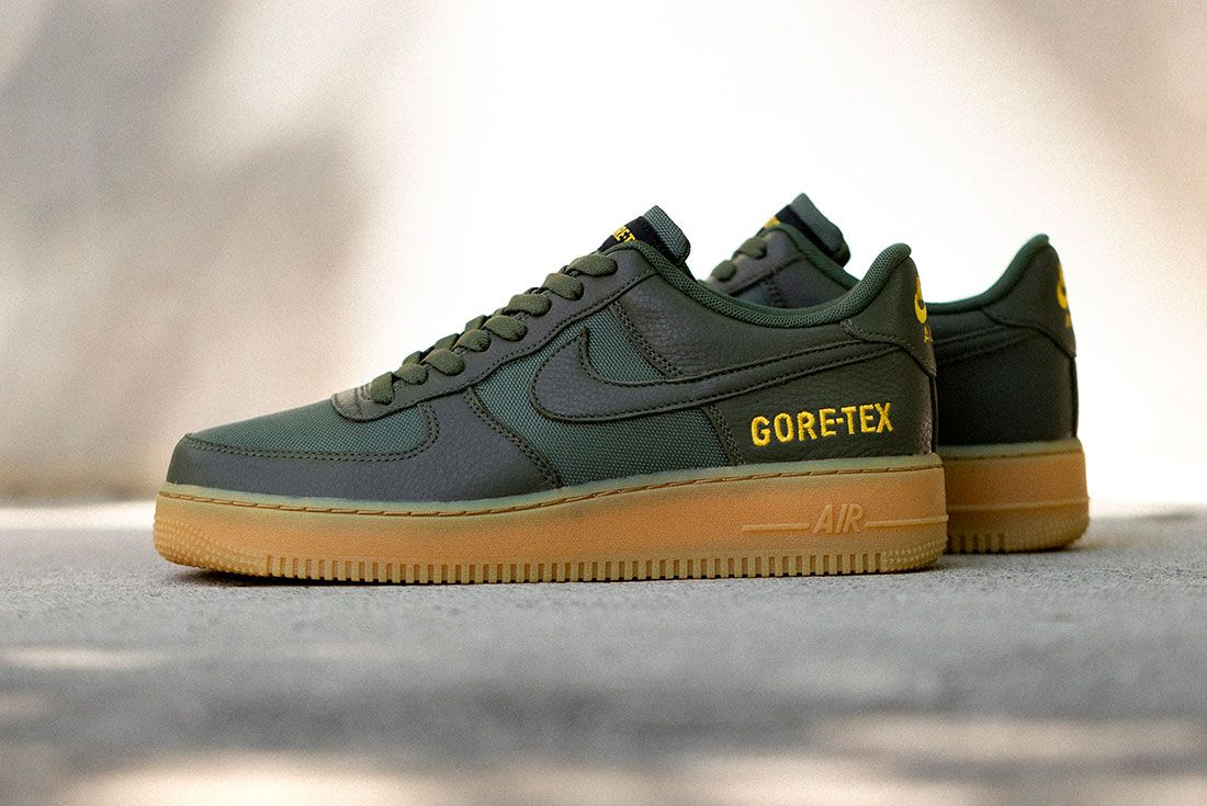 Nike Air Force 1 Gore Tex Black Drab Olive Hero Shot 6