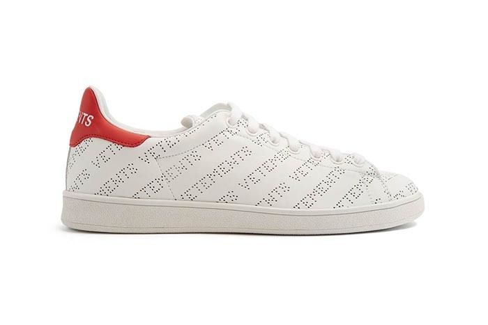 Vetements Logo Trainer Sneaker Freaker 1
