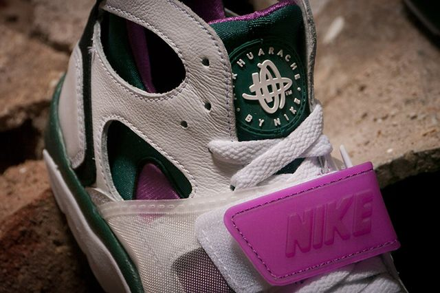 Nike Air Trainer Huarache Dark Emerald 4
