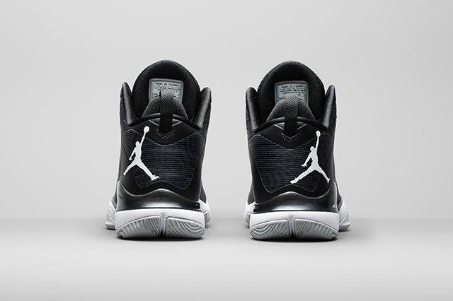 First Look Jordan Super Fly 3 15