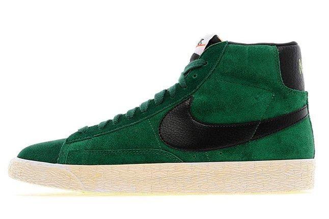 Nike Blazer Hi Vintage Gorge Green 01 1