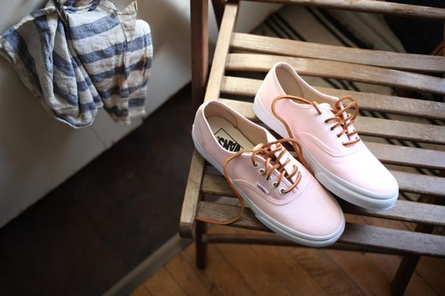Dqm Vans Girls Photo Shoot Authentic Pink 1
