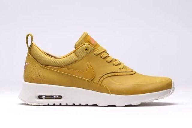 Nike Air Max Thea Golden 3