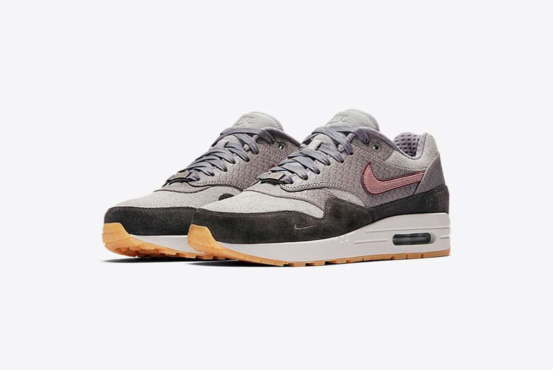 Nike Air Max 1 Bespoke Paris 1
