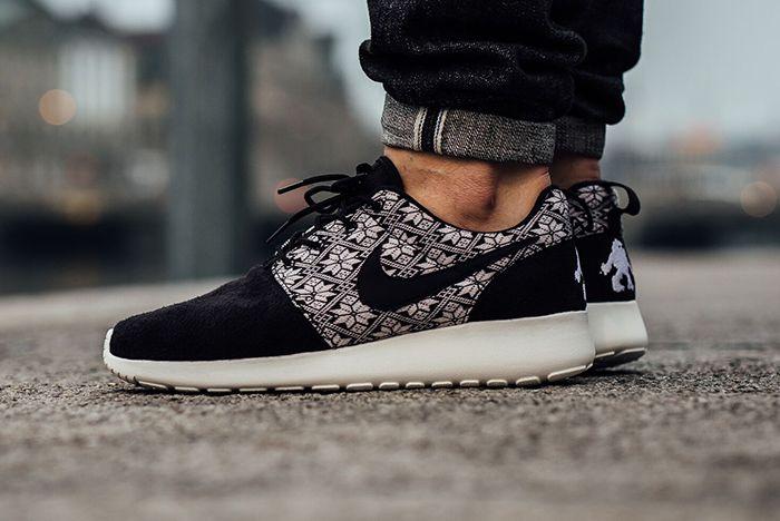 Nike Roshe One Yeti Pack2