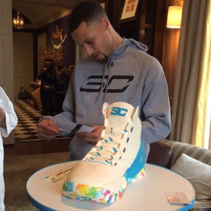 Steph Curry With The Cake Boy
