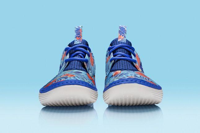 Nike Solarsoft Moccassin Hawaii Floral Purple Blue Toe Profile