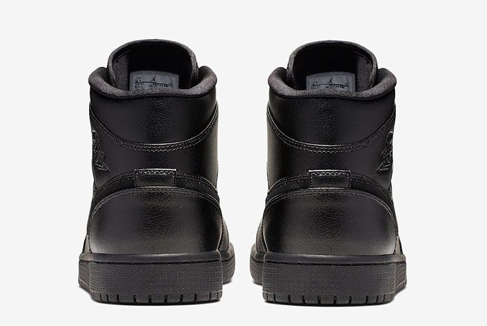 Air Jordan 1 Triple Black Heel