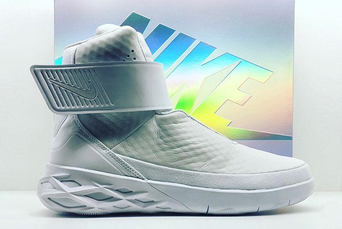 Nike Swoosh Hunter2